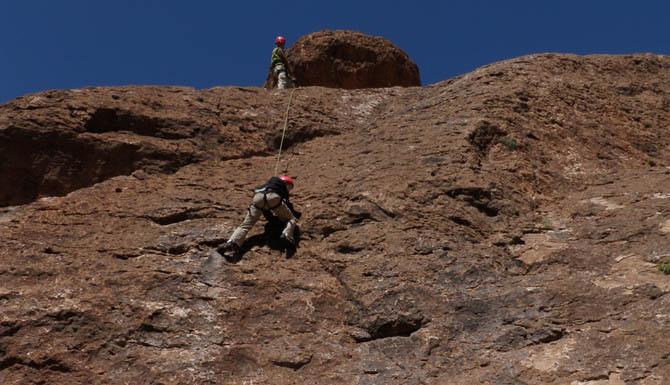 Arizona rock climbing canyoneering and grand canyon for Landscaping rock queen creek az